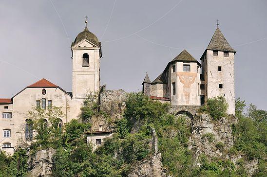 Heilig-Kreuz- und Klosterkirche in Säben