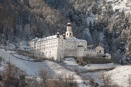 Die Benediktinerabtei Marienberg bei Burgeis