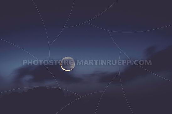 Mond über dem Latemar