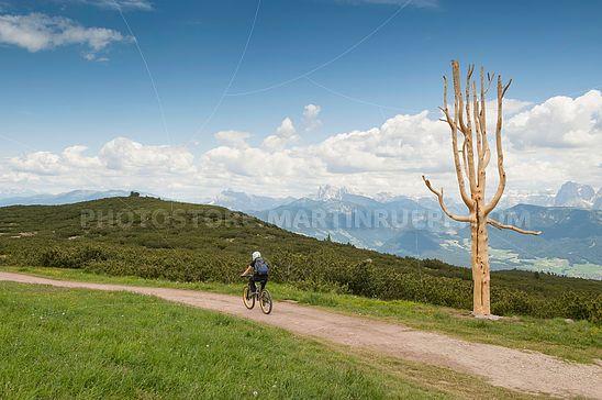 Biker auf der Schwarzseespitze