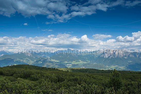 Ausblick von der Rittner Schwarzseespitze