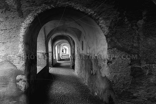 Lauben Glurns - Black & White Edition