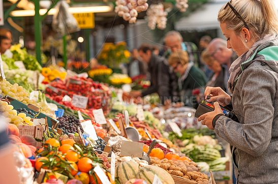 Am Obstmarkt in Bozen