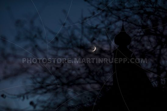 Der Mond bei St. Peter in Tanas