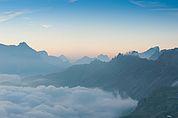 Rosszähne und Dolomitengipfel im Morgenlicht