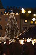 Lichter am Christkindlmarkt Brixen