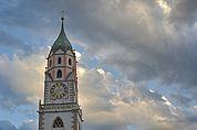 Turm der Pfarrkirche Meran