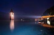 Reschensee bei Nacht
