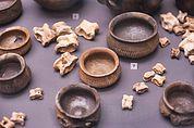 Eisenzeitliche Keramik und Astragali