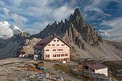 Drei-Zinnen-Hütte und Paternkofel