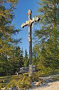 Kreuz auf dem Weg nach Hl. Kreuz im Gadertal