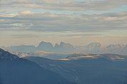 Blick vom Pfitscher Jöchl zu den Dolomiten